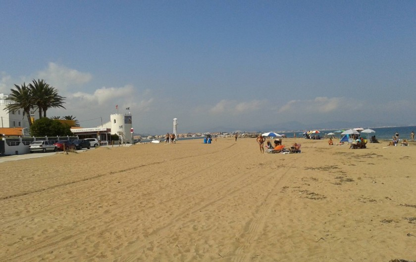 Location de vacances - Appartement à Dénia - La plage à 150 m de la résidence  avec restaurant  pas de circulation