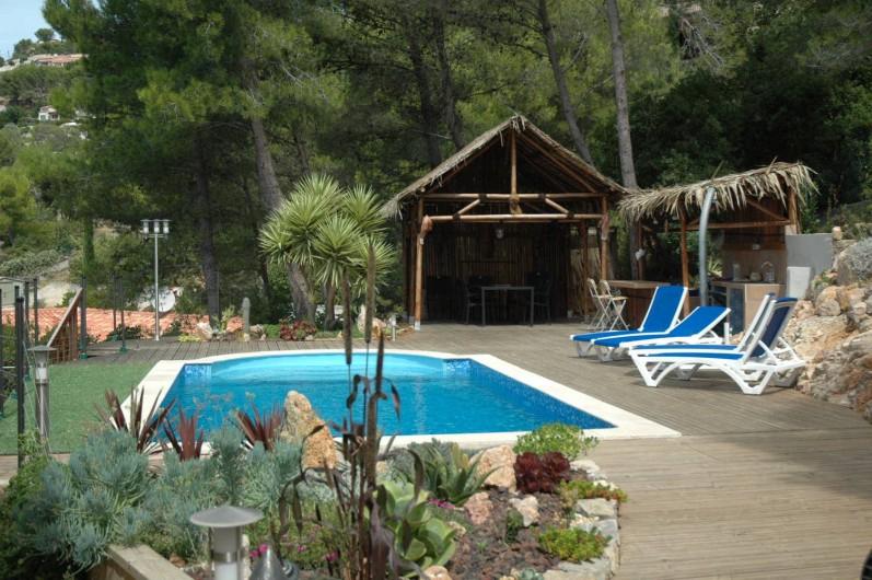 Location de vacances - Appartement à Hyères - Piscine