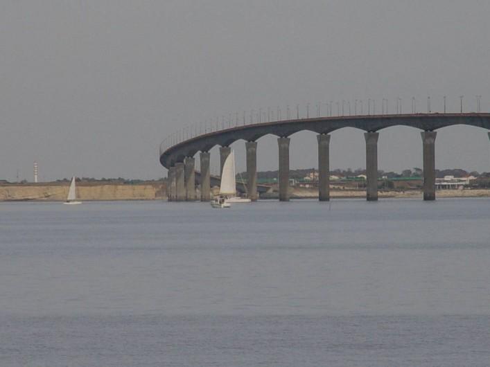 Location de vacances - Villa à Ars-en-Ré - Le pont Accès à l'Ile de Ré