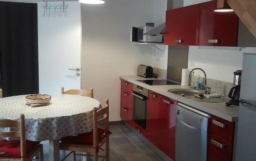 Location de vacances - Gîte à Clohars-Carnoët - cuisine rubis