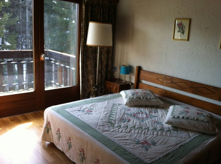 Location de vacances - Appartement à Combloux - Chambre vue Mont Blanc