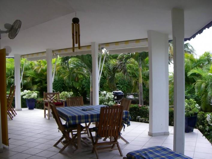 Location de vacances - Villa à Saint-François - Terrasse abritée