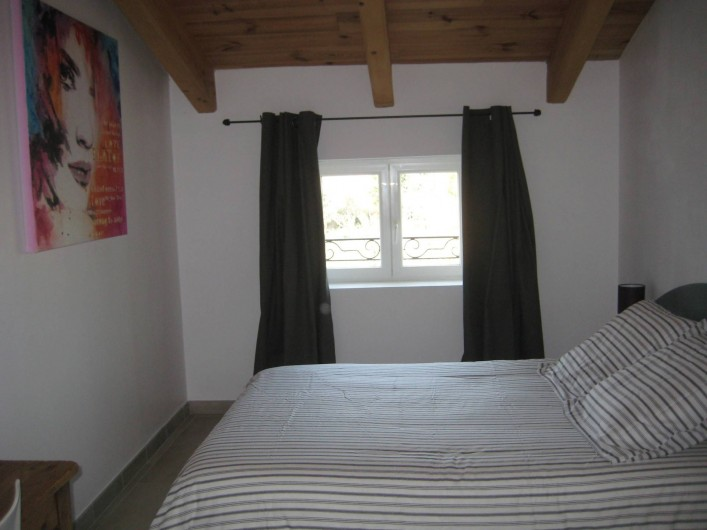 Location de vacances - Appartement à Courthézon - chambre lit double