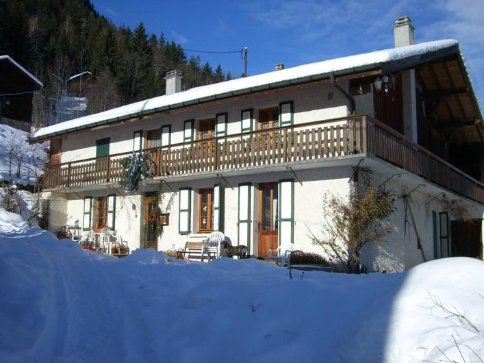 Location de vacances - Appartement à Saint-Nicolas de Véroce - Façade sud