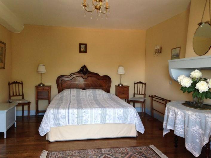 Location de vacances - Maison - Villa à Saint-Étienne-des-Oullières - Chambre bleu