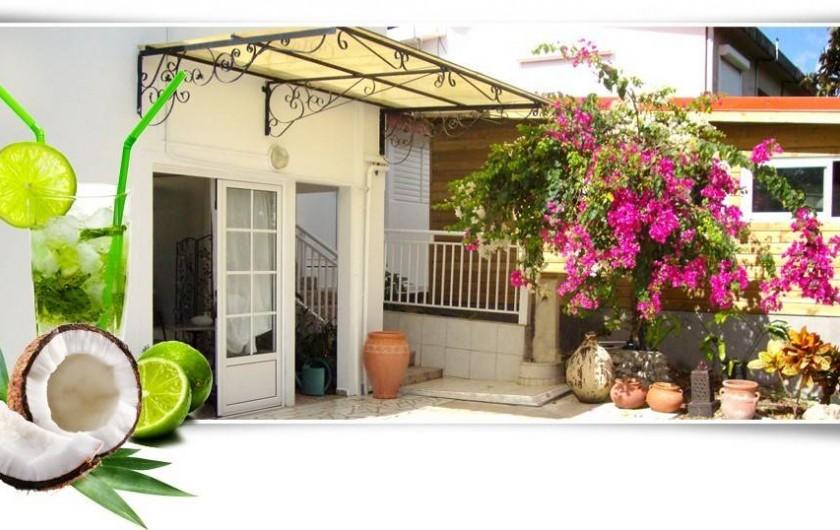 """Location de vacances - Studio à Sainte-Anne - Studio """"Pomme Kanel"""""""