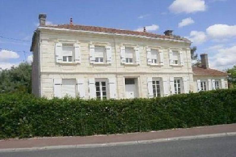 Maison Avec Piscine  BraudEtSaintLouis Au Coeur Du Vignoble Des