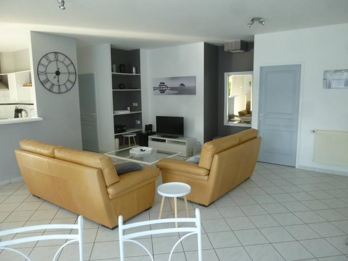 Location de vacances - Villa à Arès - séjour