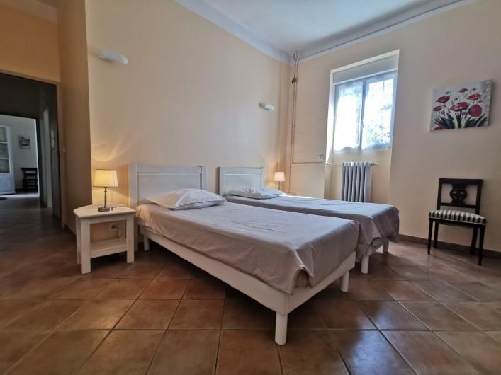 Location de vacances - Chambre d'hôtes à Jonquières - Chambre Fleur d' Oranger