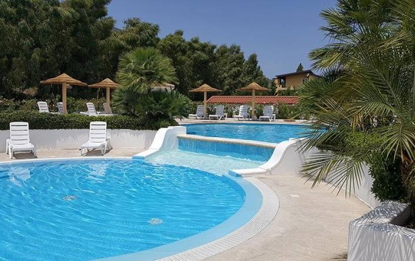 Location de vacances - Bungalow - Mobilhome à Monforte San Giorgio - Piscine
