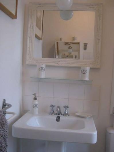 Location de vacances - Appartement à Nice - Salle de bain