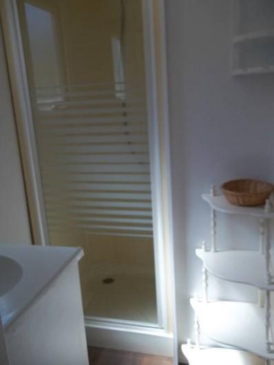 Location de vacances - Bungalow - Mobilhome à Blieux - salle d'eau