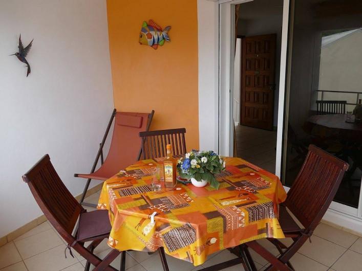Location de vacances - Appartement à Pointe du Bout - terrasse vers l'intérieur