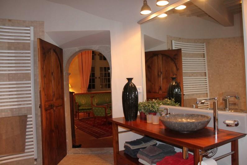 Location de vacances - Château - Manoir à Pégairolles-de-l'Escalette - Salle de Bains Chambre  Bonne Maman
