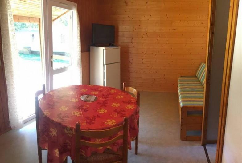 Location de vacances - Camping à Grandrieu - Chalet Gentiane