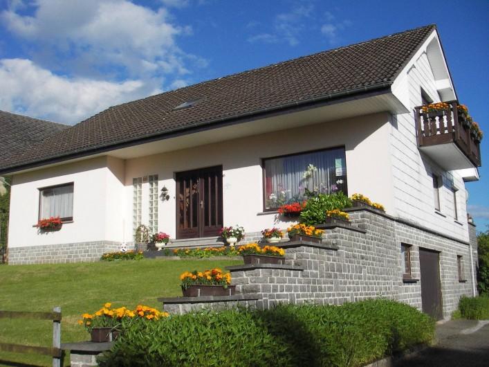 Location de vacances - Maison - Villa à Manderfeld - maison 309 clé pour 305 et 309 appartement avec 3 chambres à coucher