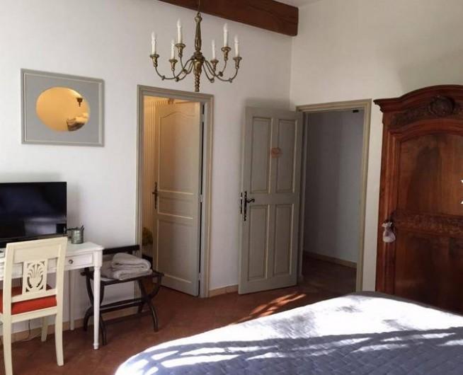 Location de vacances - Chambre d'hôtes à Saint-Félix-de-Pallières - Chambre Châtaignier
