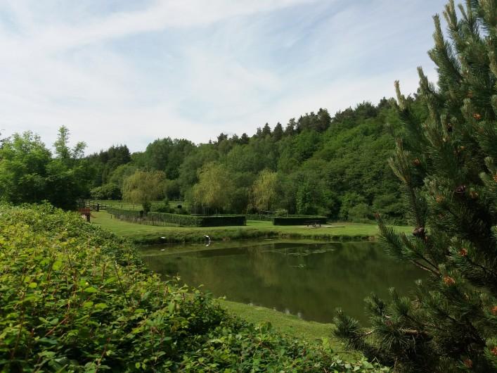 """Location de vacances - Gîte à Haut-Fays - Gîte """"La Maison"""" chambre quadruple"""