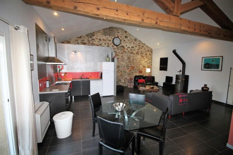Location de vacances - Gîte à Thuir - Séjour loft et cuisine Gîte Capcir (2 chambres -4/5 couchages)