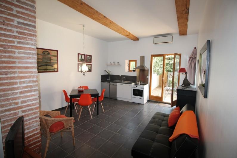 Location de vacances - Gîte à Thuir - Séjour Gîte Ribéral (2 chambres - 4 couchages)