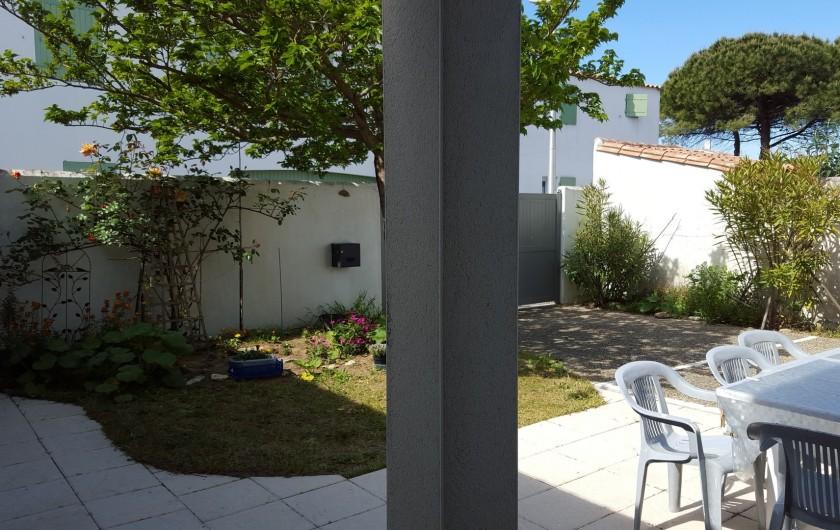 Location de vacances - Villa à La Couarde-sur-Mer - Terrasse devant