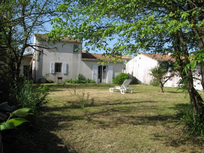 Location de vacances - Villa à La Couarde-sur-Mer - vue arrière