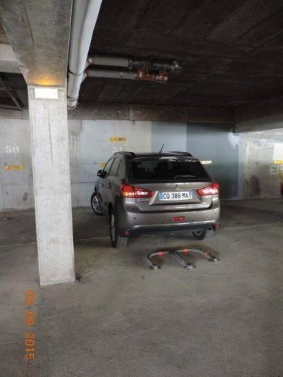 Location de vacances - Studio à Les Deux Alpes - place de parking privé en sous sol
