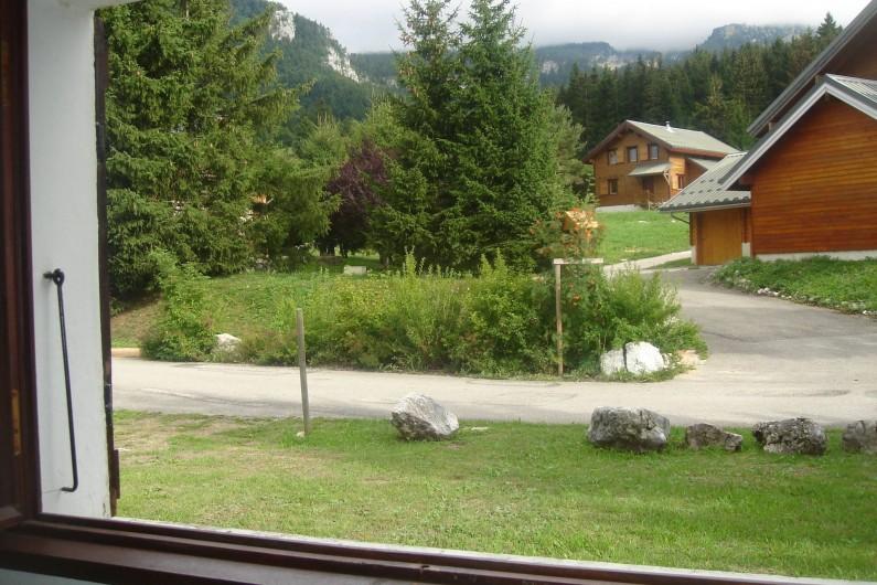 Location de vacances - Chalet à Corrençon-en-Vercors - Vue depuis le rez-de-chaussée