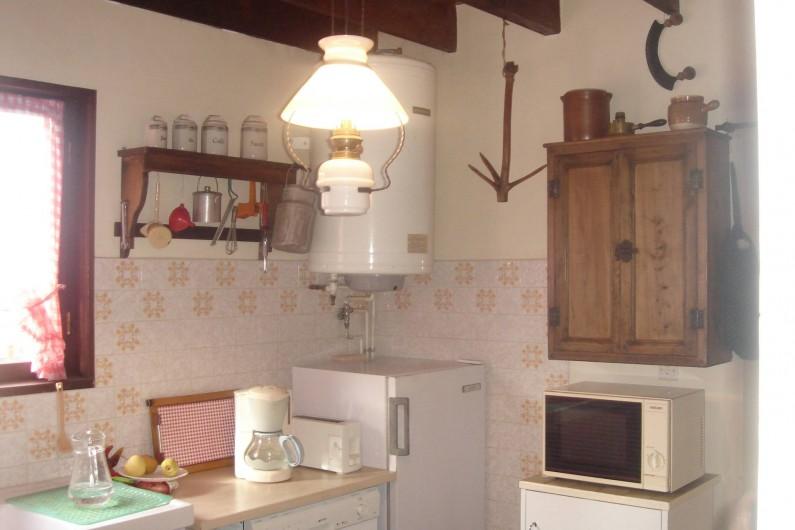 Location de vacances - Chalet à Corrençon-en-Vercors - Vue cuisine