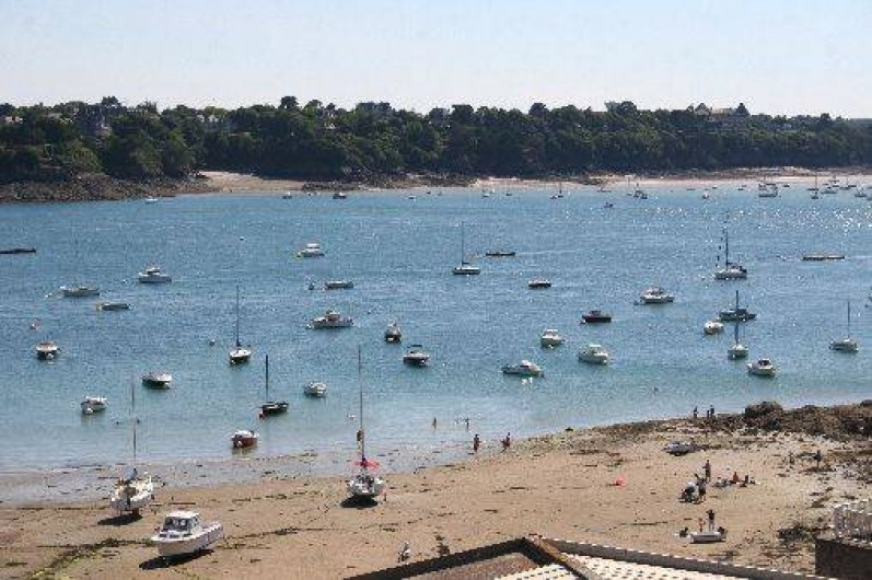 Location de vacances - Appartement à Saint-Malo - Baignade à marée basse