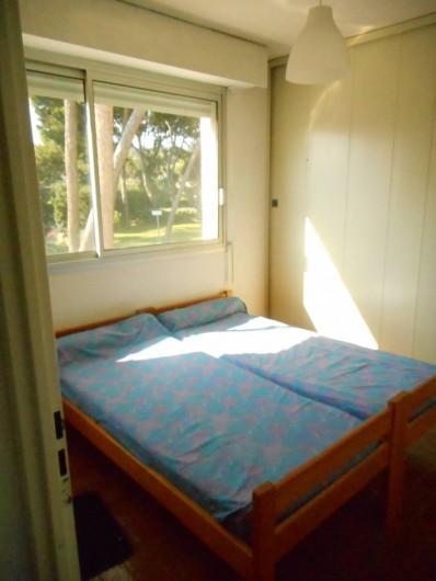 Location de vacances - Appartement à La Ciotat - Chambre 1