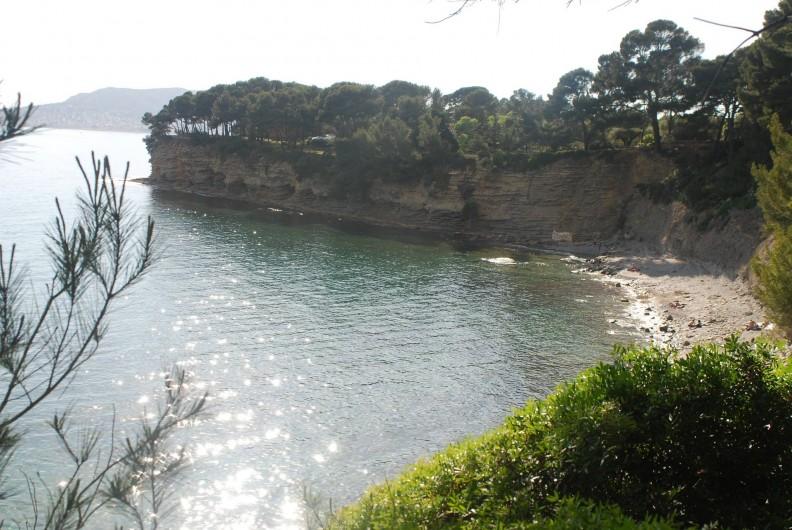 Location de vacances - Appartement à La Ciotat - Une plage isolée