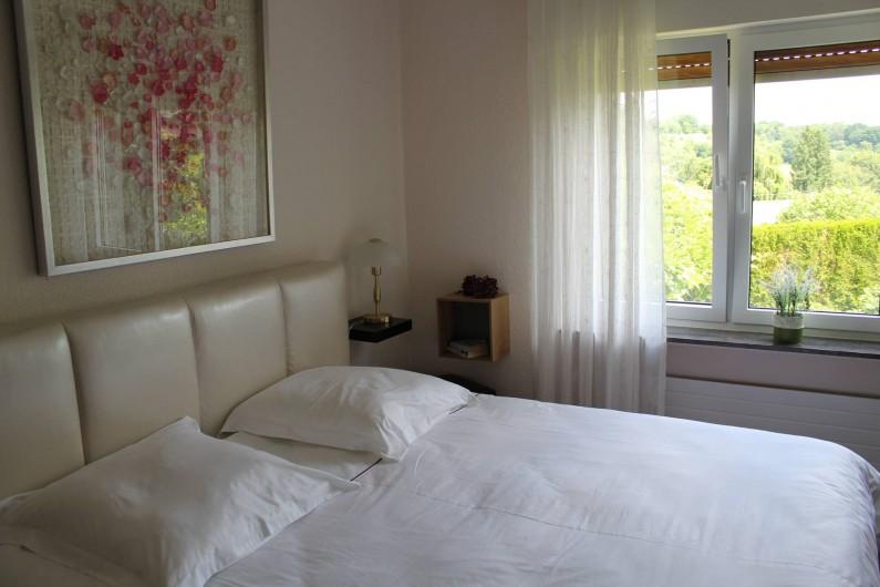 Location de vacances - Maison - Villa à Alsbach-Hähnlein - Chambre à coucher 'pétales' vue jardin