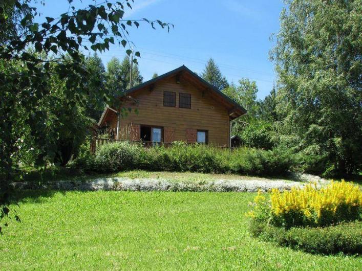 Location de vacances - Chalet à Saint-Pancrace - JARDIN FLEURI