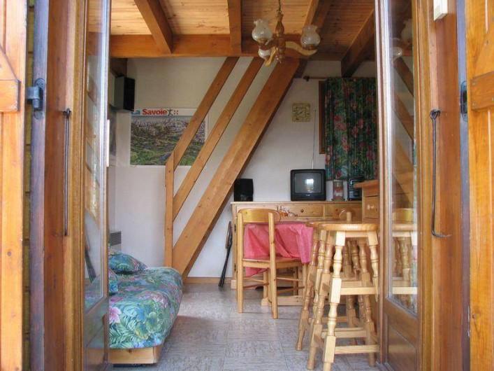 Location de vacances - Chalet à Saint-Pancrace - COIN SALON ET SALLE A  MANGER