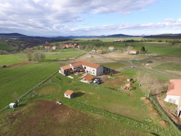 Location de vacances - Gîte à Coucouron - 6000 m² de terrain