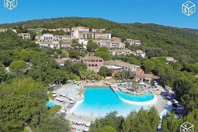 Location de vacances - Villa à Grimaud - PISCINE DES RESTANQUES