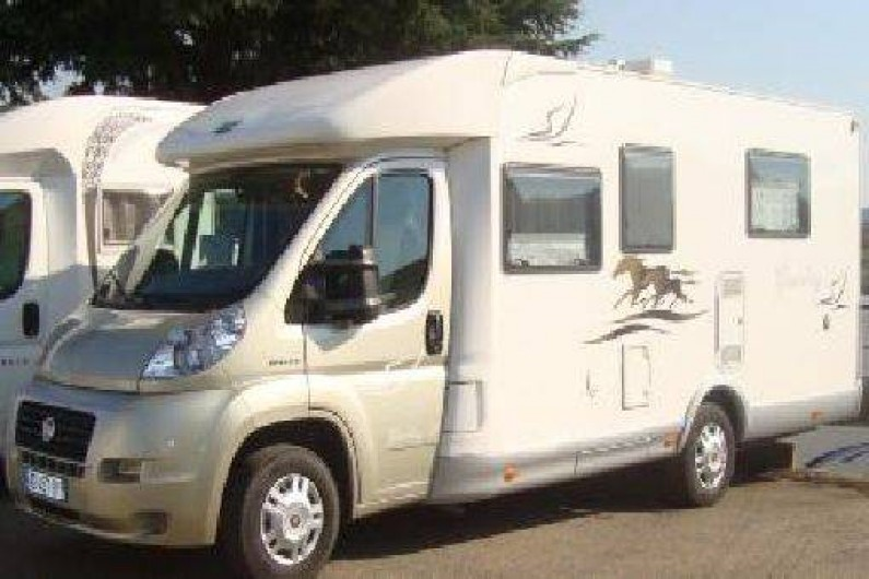 Location de vacances - Camping-car à Ajaccio