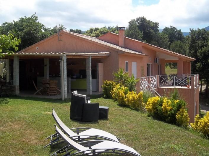 Location de vacances - Chambre d'hôtes à Rapale - Vue de la villa