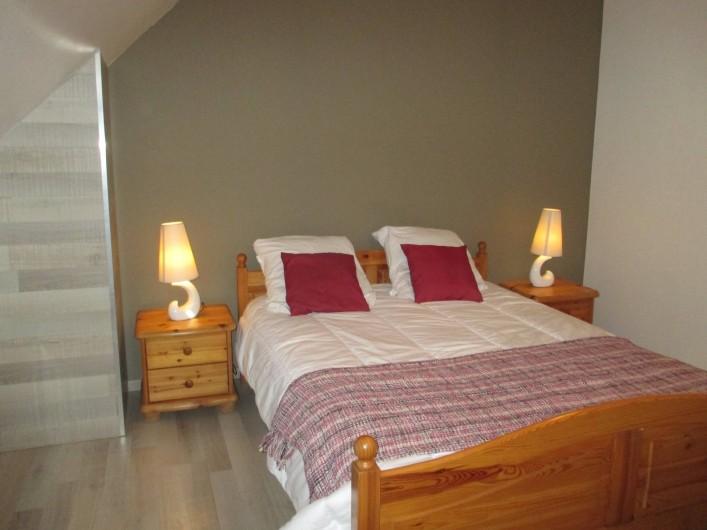 Location de vacances - Maison - Villa à Annecy - Gite n° 1 chambre lit 140