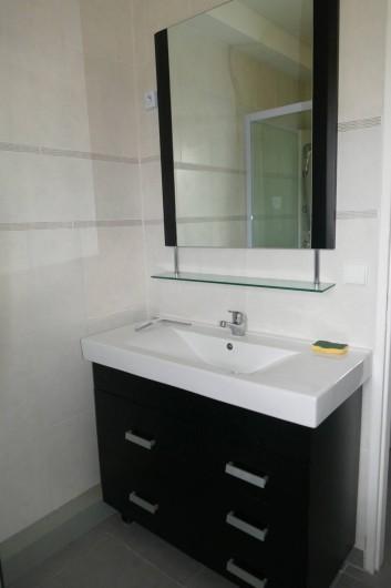 Location de vacances - Maison - Villa à Annecy - Gite n°3 Salle de douche