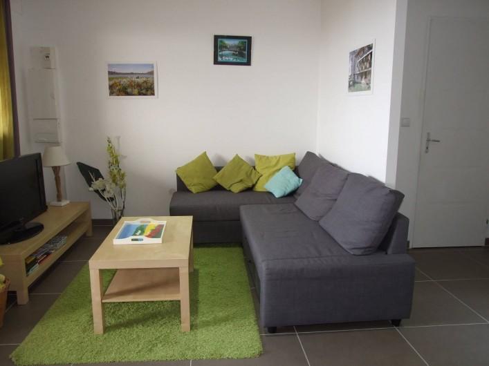 Location de vacances - Maison - Villa à Annecy - Gite n° 2 Salon canapé d'angle
