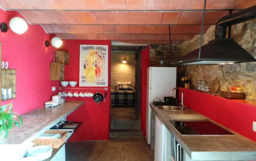 Location de vacances - Gîte à Sant Joan de les Abadesses - Cuisine du Loft