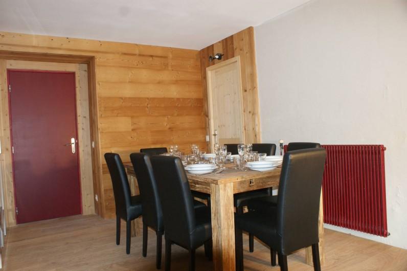 Location de vacances - Appartement à Saint-Martin-de-Belleville - Salle à manger