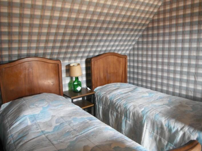 Location de vacances - Chambre d'hôtes à Saint-Patrice-de-Claids - chambre 2 lits