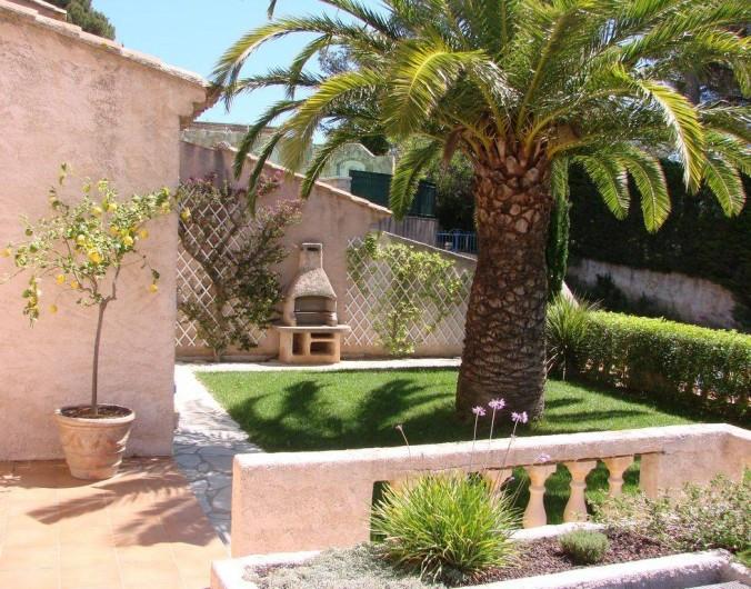 Location de vacances - Villa à Hyères - Jardin