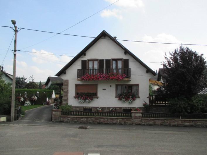 Location de vacances - Chambre d'hôtes à Monswiller - Vue extérieure