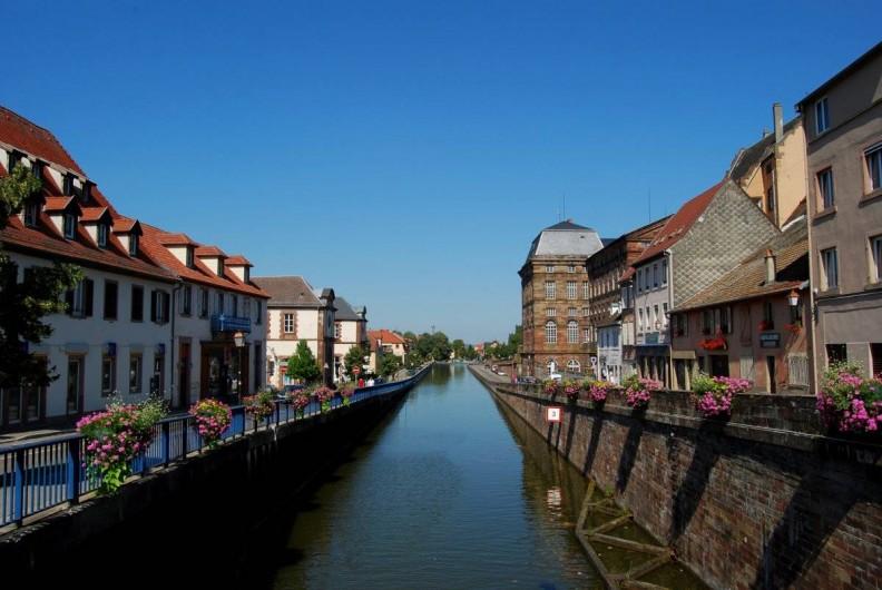 Location de vacances - Chambre d'hôtes à Monswiller - Canal de la Marne au Rhin à Saverne