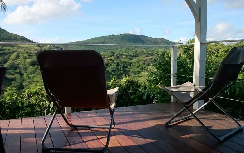 Location de vacances - Maison - Villa à Le Diamant - Vue allongée sur le lit