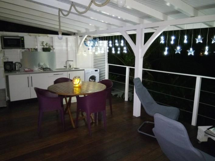 Location de vacances - Maison - Villa à Le Diamant - Terrasse avec décoration Noël